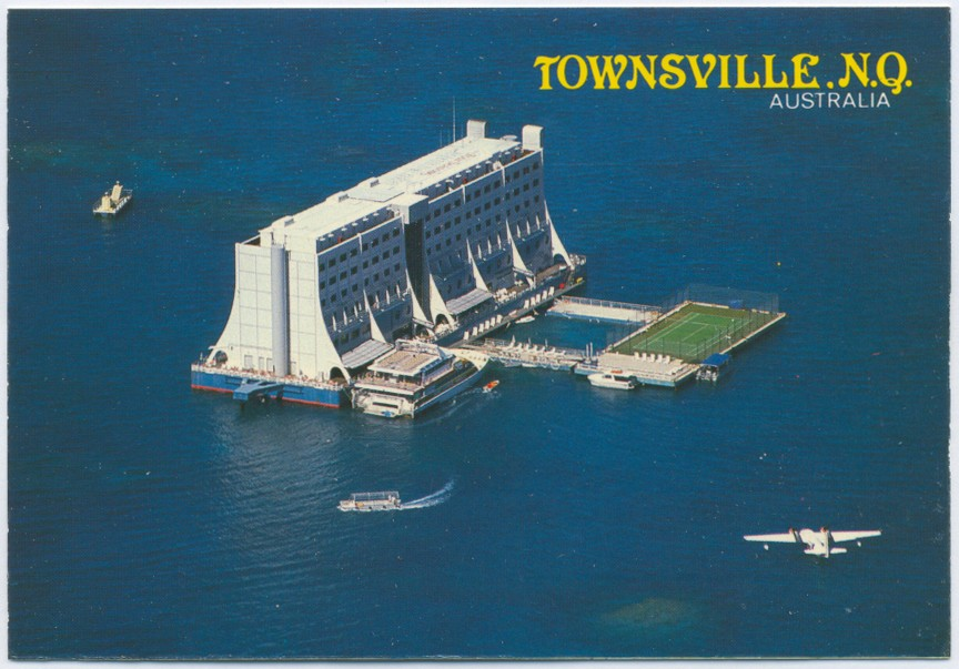 Floating Hotel Part - 50: Floating Hotel, Great Barrier Reef