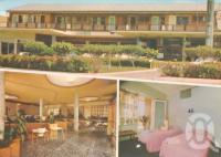 "<span class=""caption-caption"">Lee's Hotel-Motel-style, Ingham</span>, c1970. <br />Postcard by <span class=""caption-publisher"">ACP</span>, collection of <span class=""caption-contributor"">Centre for the Government of Queensland</span>."