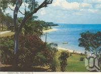 """<span class=""""caption-caption"""">Gataker's Bay, Point Vernon</span>, c1970. <br />Postcard folder by <span class=""""caption-publisher"""">Murray Views Pty Ltd</span>, collection of <span class=""""caption-contributor"""">Centre for the Government of Queensland</span>."""