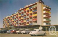 "<span class=""caption-caption"">Lennon's Broadbeach Hotel</span>, c1958. <br />Postcard by <span class=""caption-publisher"">Murray Views Pty Ltd</span>, collection of <span class=""caption-contributor"">John Young</span>."