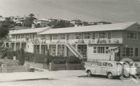 "<span class=""caption-caption"">El Paso Private Hotel, Palm Beach</span>, c1958. <br />Postcard by <span class=""caption-publisher"">Unknown Publisher</span>, collection of <span class=""caption-contributor"">Centre for the Government of Queensland</span>."