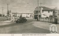 """<span class=""""caption-caption"""">Border gates, Tweed Heads and Coolangatta</span>, c1932. <br />Postcard by <span class=""""caption-publisher"""">Murray Views Pty Ltd</span>, collection of <span class=""""caption-contributor"""">Centre for the Government of Queensland</span>."""