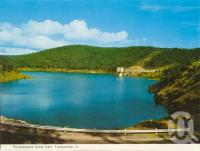 "<span class=""caption-caption"">Perseverance Creek Dam, Toowoomba</span>, c1965. <br />Postcard folder by <span class=""caption-publisher"">Murray Views Pty Ltd</span>, collection of <span class=""caption-contributor"">Centre for the Government of Queensland</span>."