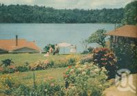 "<span class=""caption-caption"">Lake Barrine, Atherton Tablelands</span>, 1950. <br />Booklet, collection of <span class=""caption-contributor"">John Young</span>."