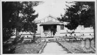 """<span class=""""caption-caption"""">Hotel Glen Aplin</span>, c1930s-c1940s. <br />Photographic collection, <span class=""""caption-contributor"""">Queensland State Archives</span>."""