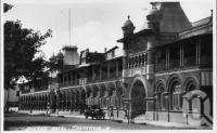 """<span class=""""caption-caption"""">Queens Hotel, The Strand, Townsville</span>, c1930s-c1940s. <br />Photographic collection, <span class=""""caption-contributor"""">Queensland State Archives</span>."""