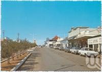 """<span class=""""caption-caption"""">Capella Street, Clermont</span>, c1970-2000. <br />Postcard, collection of <span class=""""caption-contributor"""">Murray Views Collection</span>."""