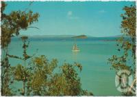 "<span class=""caption-caption"">Langford Island and Blue Lagoon Bay from scenic walk, Hayman Island</span>, c1970-2000. <br />Postcard, collection of <span class=""caption-contributor"">Murray Views Collection</span>."