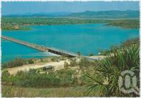 "<span class=""caption-caption"">The Causeway and Lake on the scenic Capricorn Coast drive, Yeppoon-Emu Park</span>, c1970-2000. <br />Postcard, collection of <span class=""caption-contributor"">Murray Views Collection</span>."