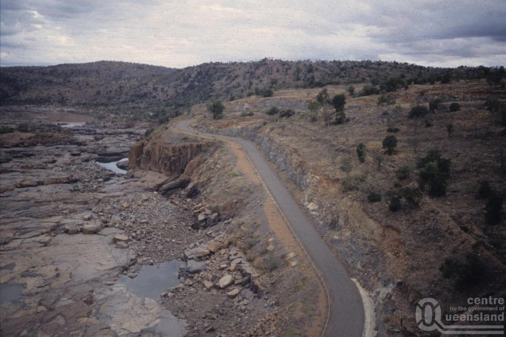 Burdekin Dam Queensland Road Burdekin Dam